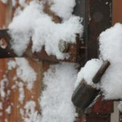 Protéger sa serrure du gel