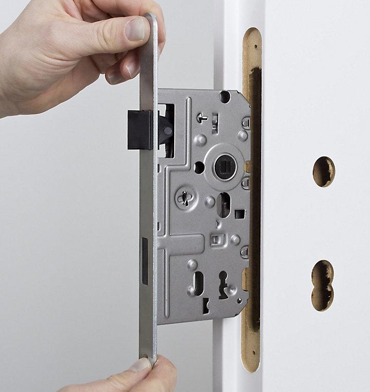 Les mécanismes de fermeture de porte